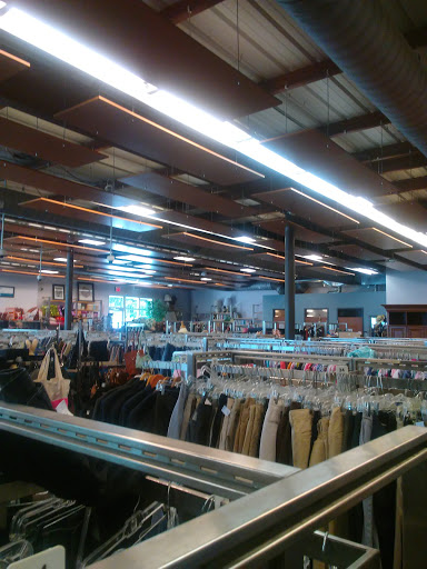 Thrift Store «Goodwill Central Texas - Chimney Corners Boutique», reviews and photos