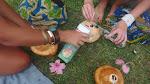 Kokos, kokosowy rum Takamaka, sok z Mango.