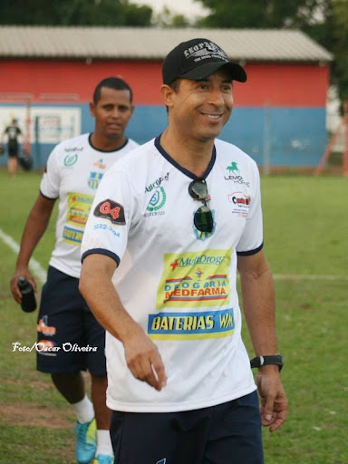 Não foi para ninguém o empate entre Contel e Eluz/Bela Flor, pelo sorriso do Pirilo, treinador do Contel, acredito que o time foi quase perfeito.