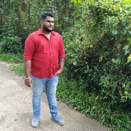 Sinthil Sudheer photos, images