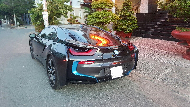 Chiếc BMW i8 bị rao bán có ngoại thất và nội thất như mới, chủ xe chắc chắn rất giữ gìn