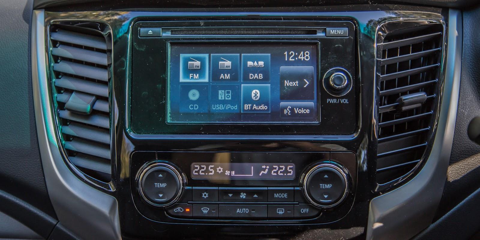 Hoạt động giải trí, kết nối, hỗ trợ được trang bị trên xe
