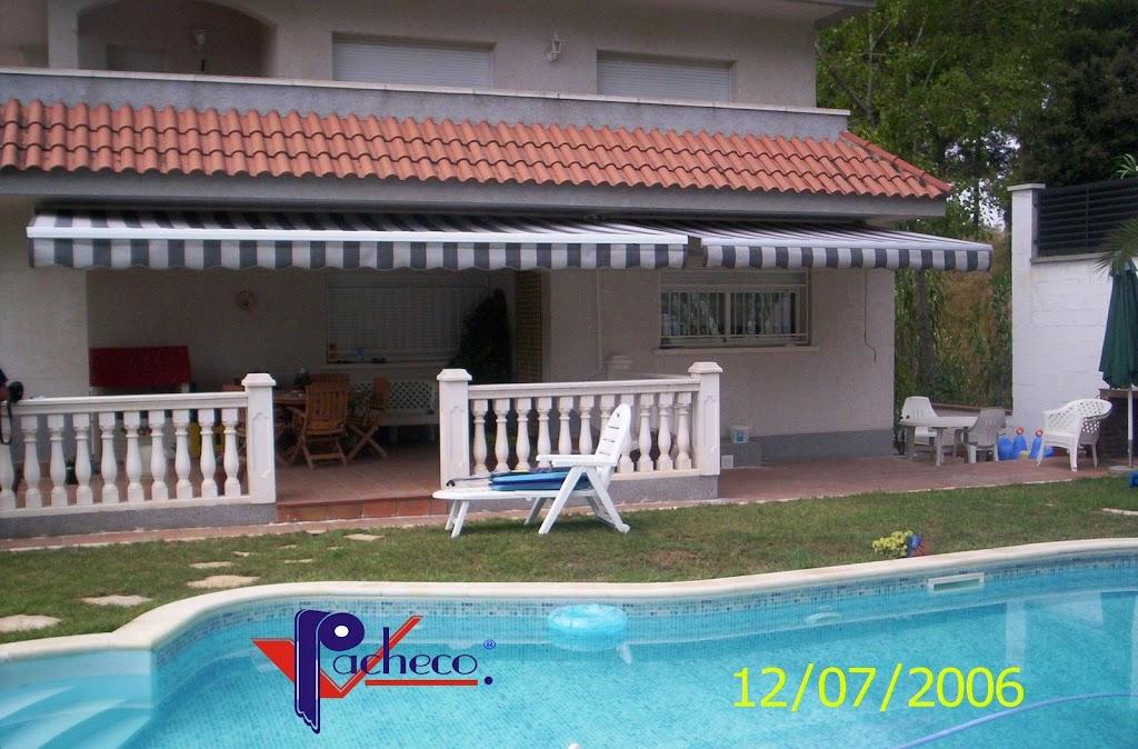 Modelos de toldos para jard n o patio en cocentaina for Ver toldos para patios