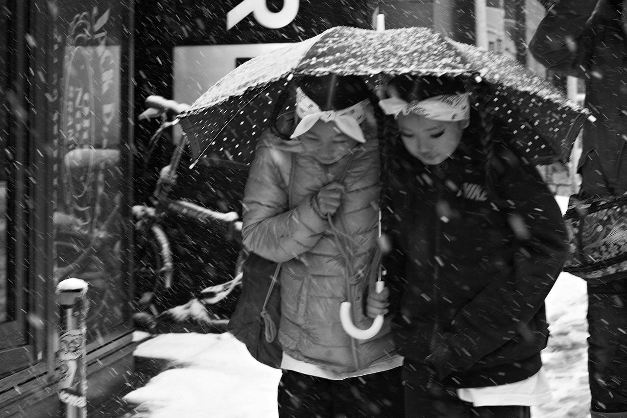 Shinjuku Mad - Love spells cast jealously white shadows 08