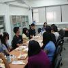 國際商務系系主任與學會成員午餐的約會