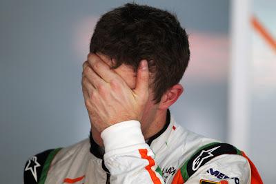 Пол ди Реста фэйспалмит на Гран-при Индии 2011