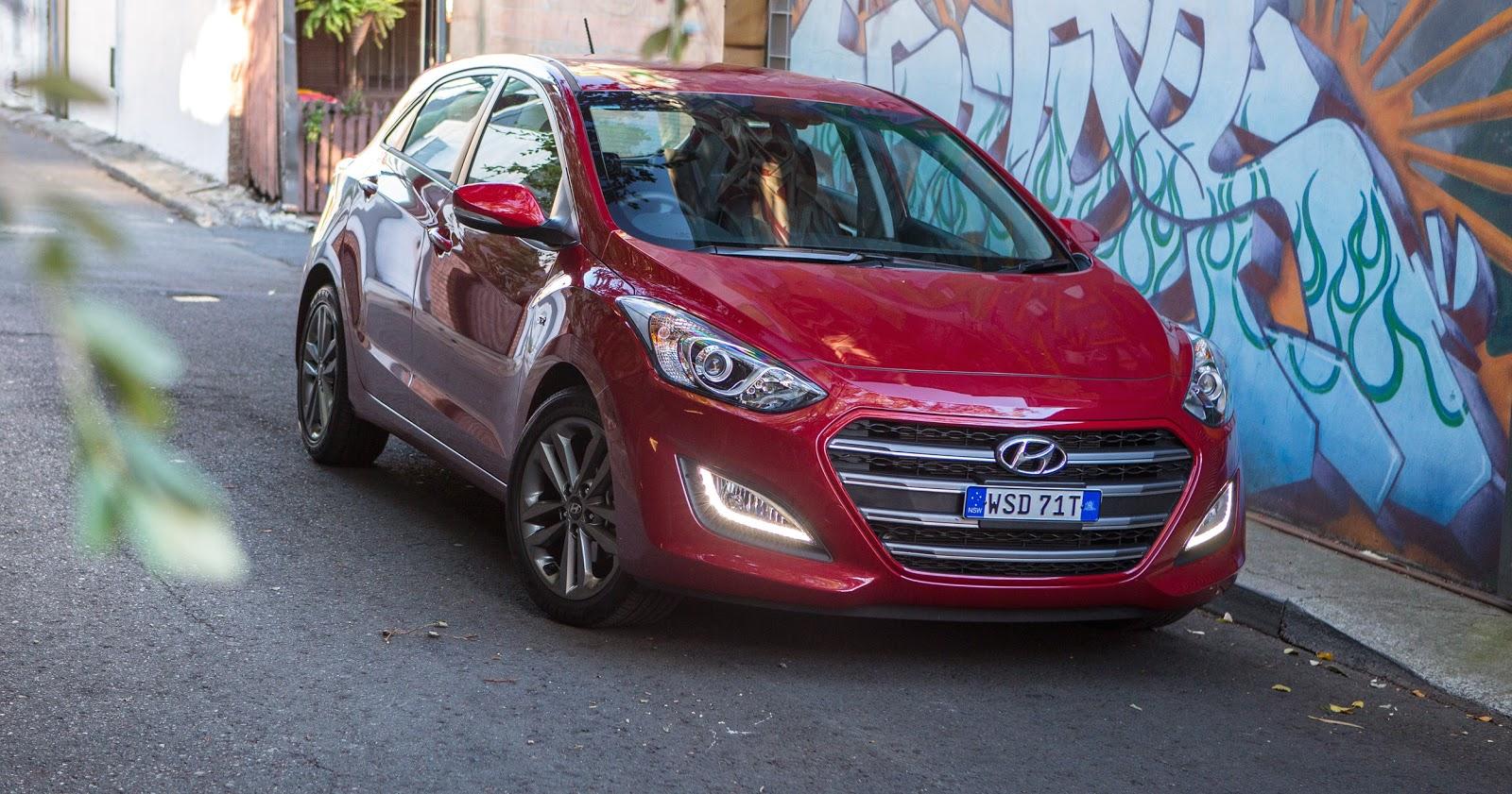 Đánh giá xe Hyundai i30 2016