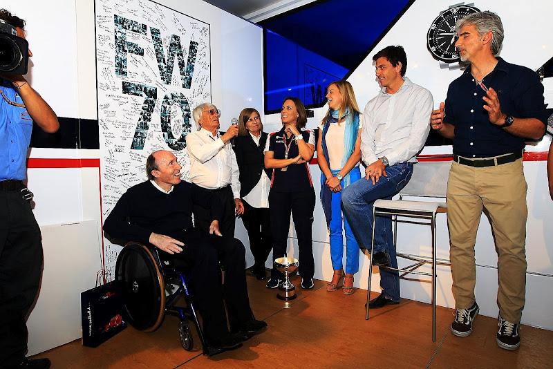 Фрэнк Уильямс Деймон Хилл на праздновании 70-летия на Гран-при Испании 2012