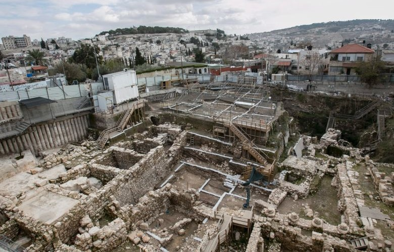Near East: UNESCO slams Israeli digs in East Jerusalem