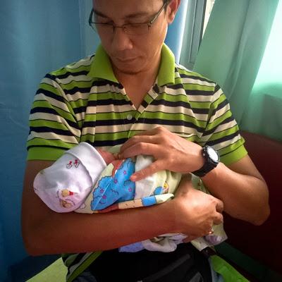 sambut bayi perempuan
