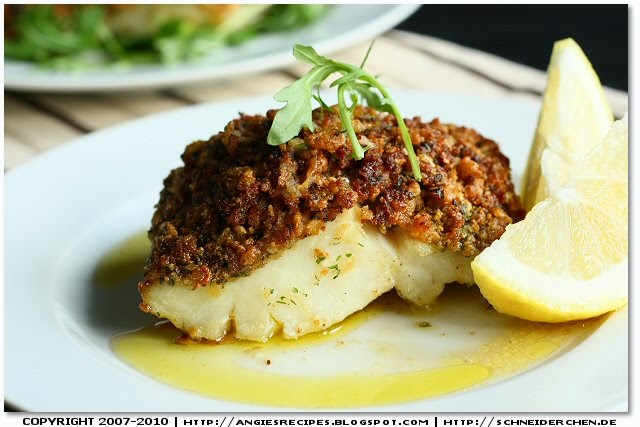 Cornflakes encrusted baked cod fillets for Baking cod fish
