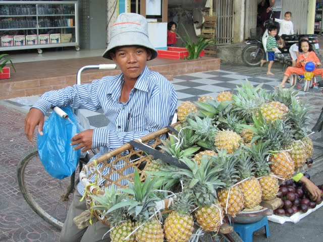 Phnom Penh Cambodia people