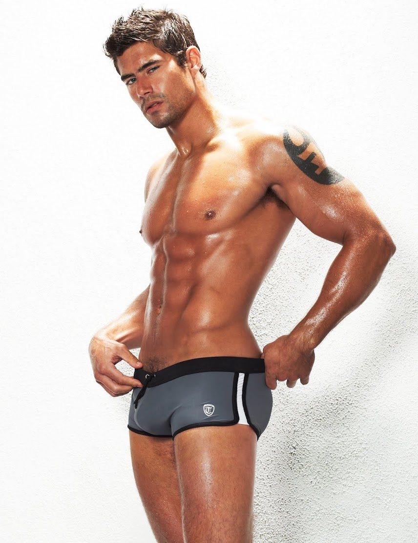 Hot Summers, Hot Models with Timoteo