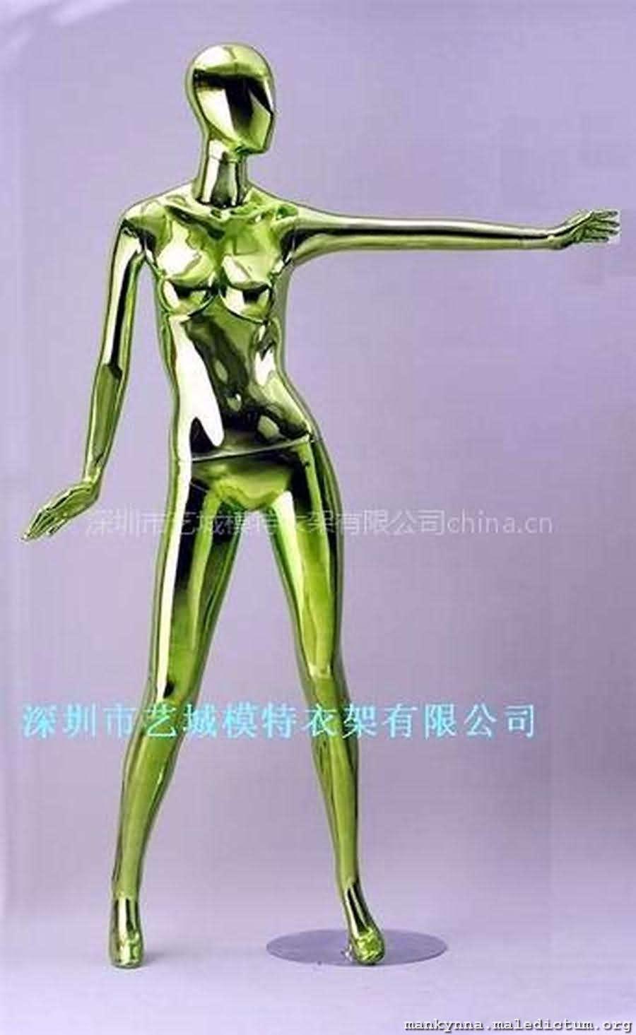 Классический золотой манекен