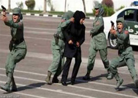 اولین پلیس زن در عربستان سعودی + عکس