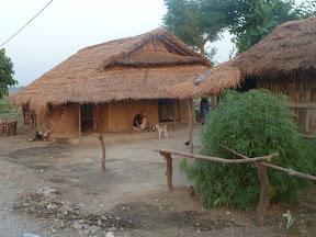 Maison Tharu