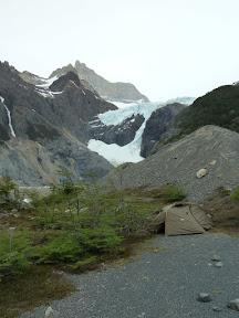 Bivouac en dessous du glacier Los Perros