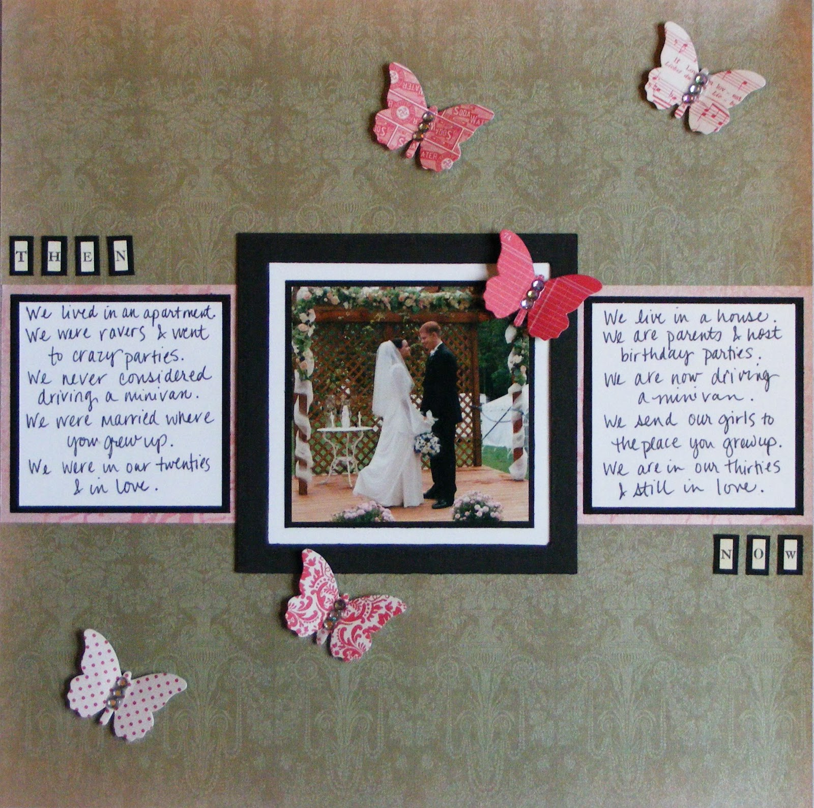 Engagement Scrapbook Layout Pictures http://red-black-and-white-wedding1116.blogspot.com/2011/12/scrapbooking-wedding-ideas.html