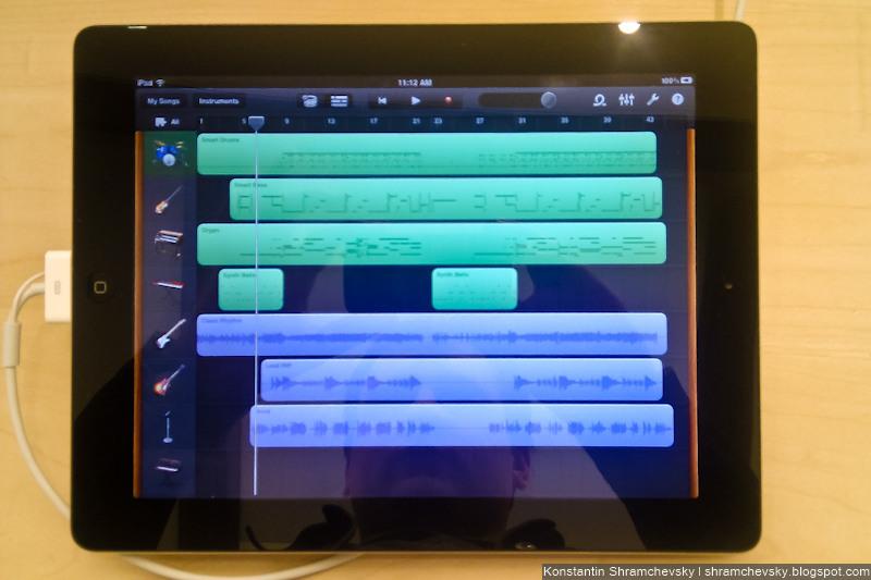 Apple iPad 2 iOS 4.3 Photo White Black Garageband Safari