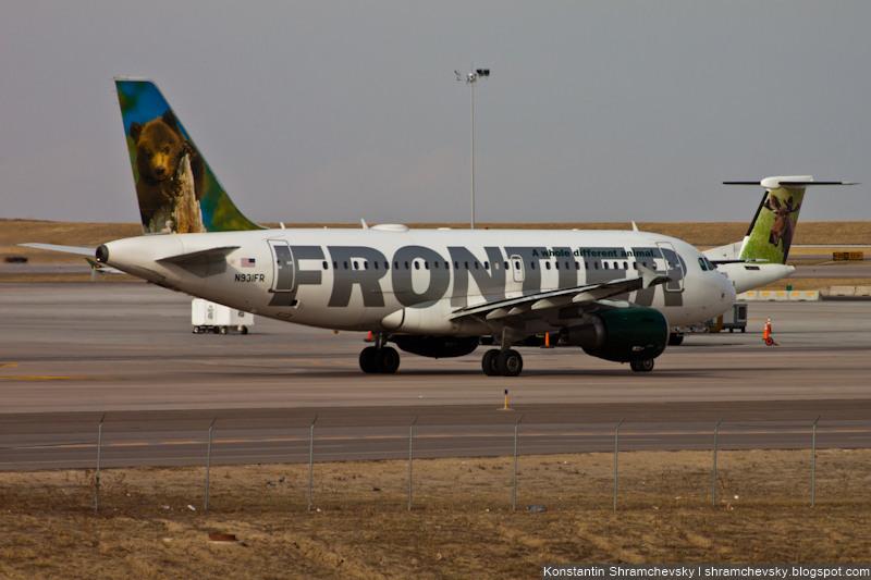 USA Colorado Denver International Airport Frontier Airlines Airbus A319 N931FR Jo-Jo Grizzly Bear Cub Bombardier Dash 8-Q400 Floyd Moose N174HQ США Колорадо Денвер Международный Аэропорт Фронтир Эйрлайнз Эйрбас Аэробус А319 Йо-Йо Гризли Медвежонок Лось Флойд Бомбардье Dash 8-Q400