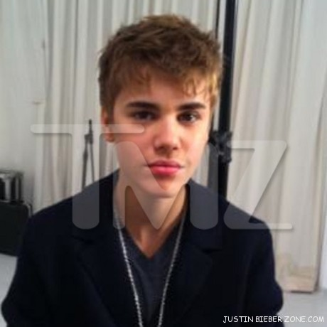 justin bieber pictures new hair. justin bieber new hairstyle.