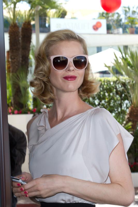 EVA_HERZIGOVA_DOLCE_GABBANA_MATT-SILK_sunglasses