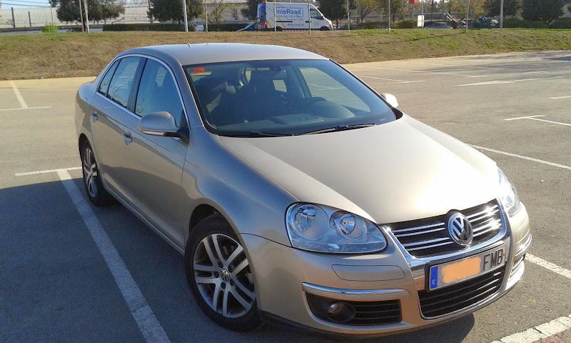 Saludillos desde Martorell (BARCELONA) VW Jetta 1.6 FSI 115cv SportLine 2007 20140325_092155