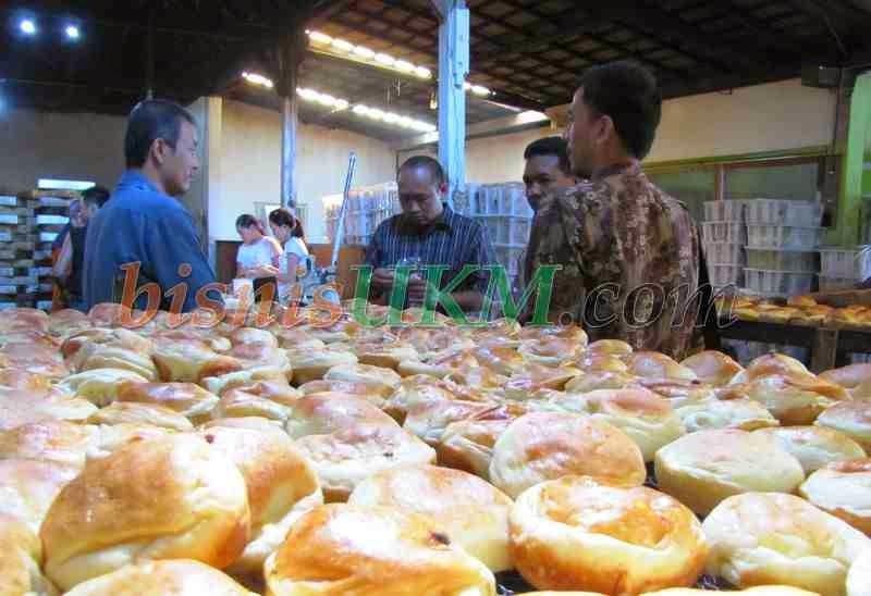 bisnis ukm adalah bisnis yang berperan besar mengubah ekonomi masyarakat indonesia