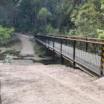Footbridge crossing (64400)
