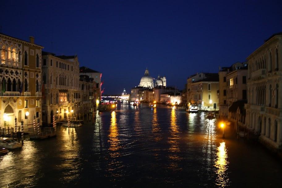 Ночной город Венеция