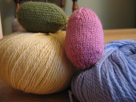 Free Easter Knitting Pattern - Knitted Easter Eggs