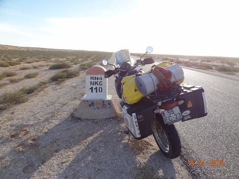 Marrocos e Mauritãnia a Queimar Pneu e Gasolina - Página 7 DSC06111