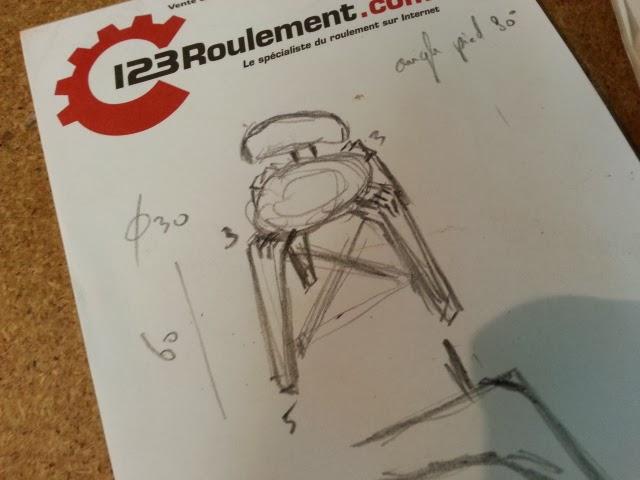 Chaise design pour petit garçon 20140307_165129