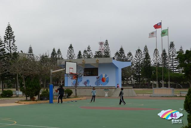 新春打卡之旅(5) – 彩繪與活力充滿 台西國民小學