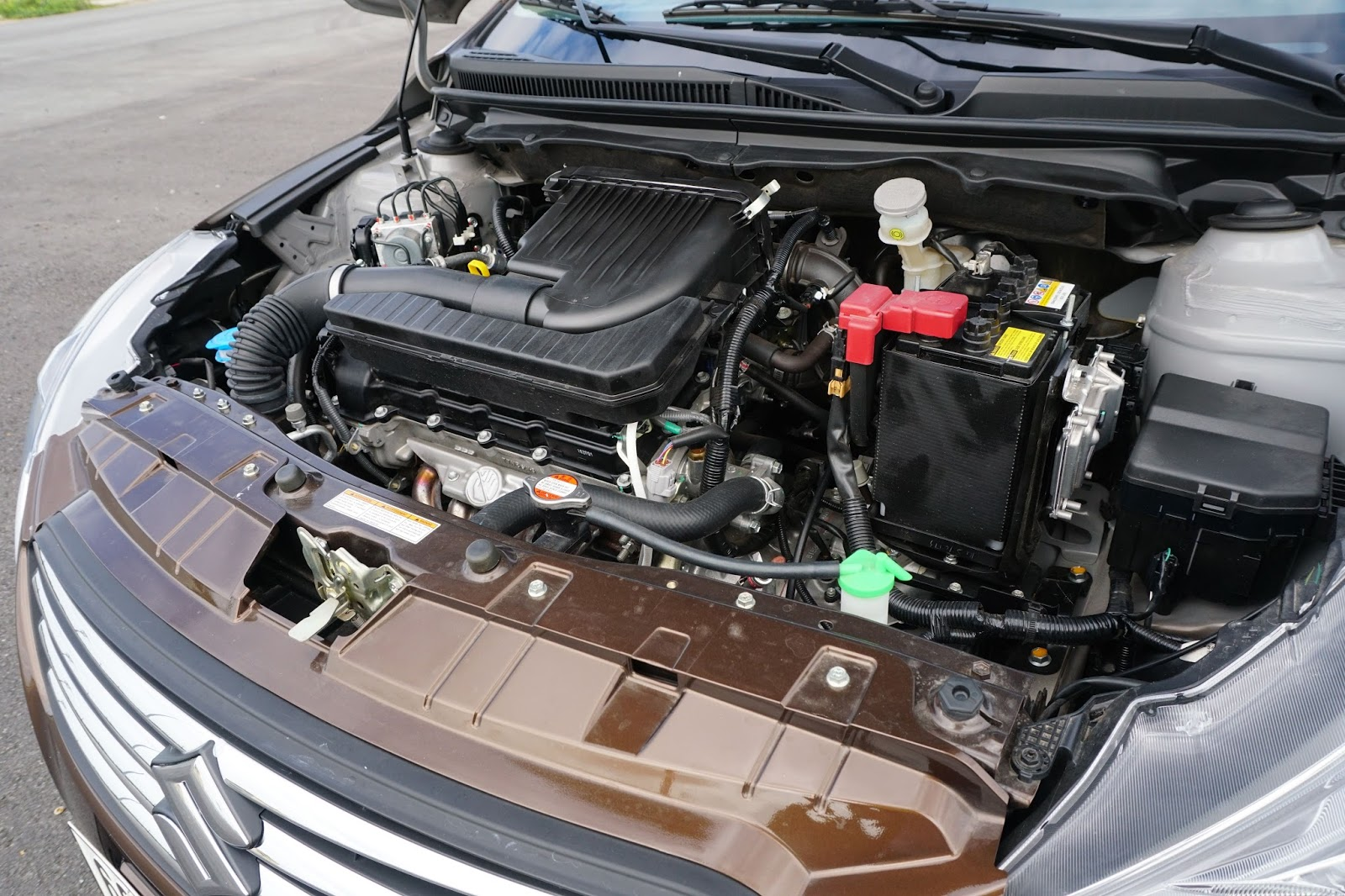 Động cơ công suất 96 mã lực I4 1.4 lít, nhẹ nhàng, vừa đủ