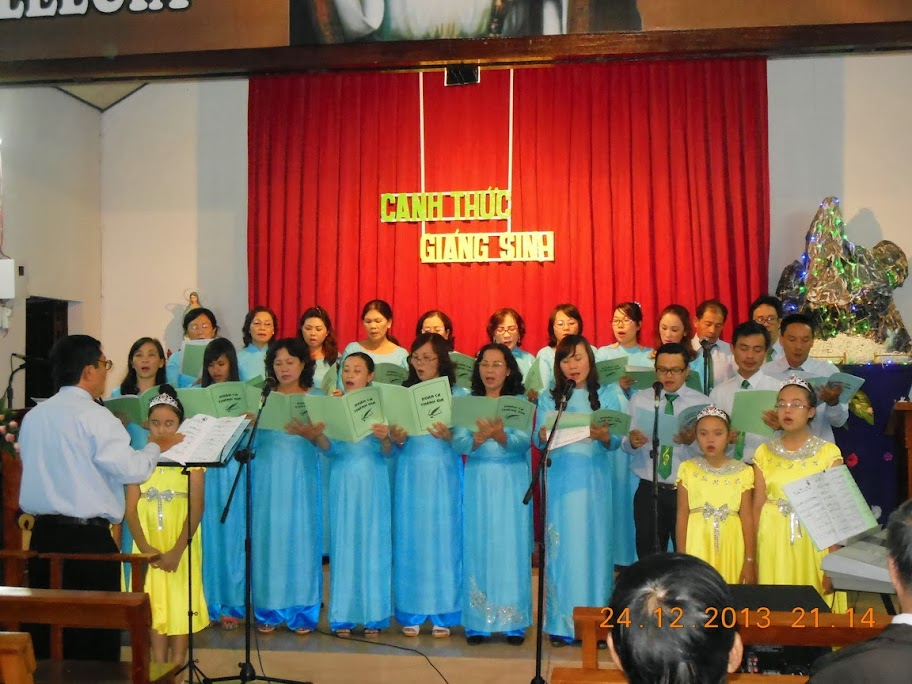 Giáo Họ Thánh Gia Mừng lễ Giáng sinh
