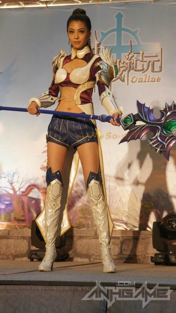 Ngắm cosplay trong lễ ra mắt Thần Chiến Kỉ Nguyên - Ảnh 8