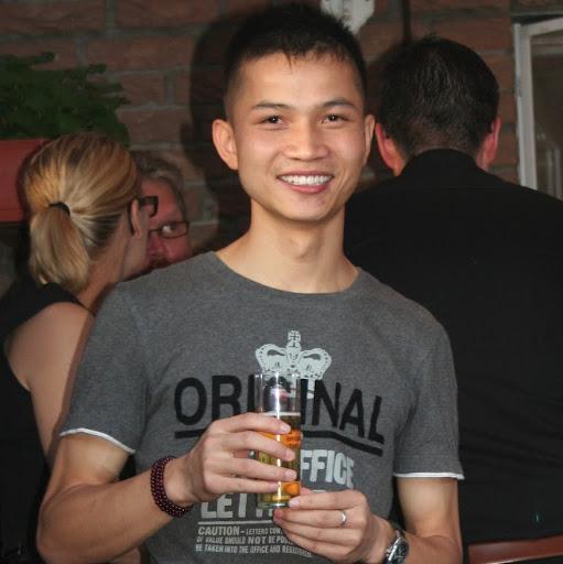 Li Chen Photo 23