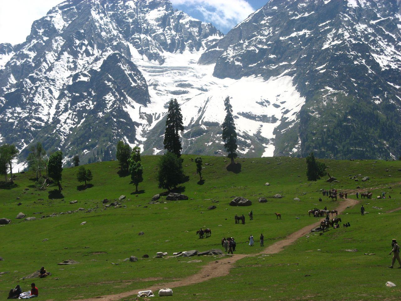 Kashmir Beautifull valley ~ View Pakistan