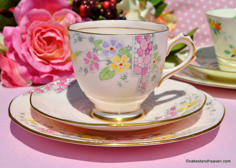 Tuscan Art Deco 4574H Hand Painted Teacup Trio