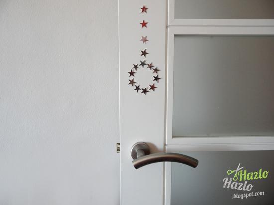Manualidad para decorar puertas en Navidad.