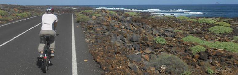 Miri auf der Küstenstraße nördlich von Arrieta, Lanzarote