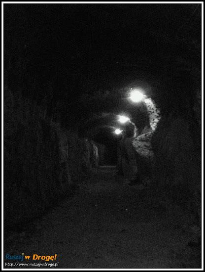 osówka głuszyca - zwiedzanie podziemnego miasta