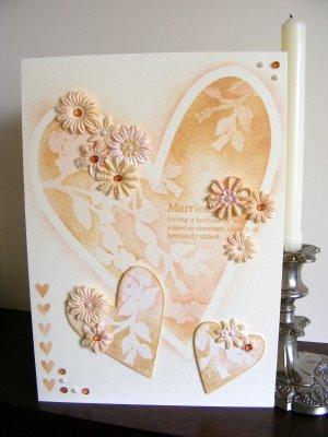 Invitación corazones y flores para boda