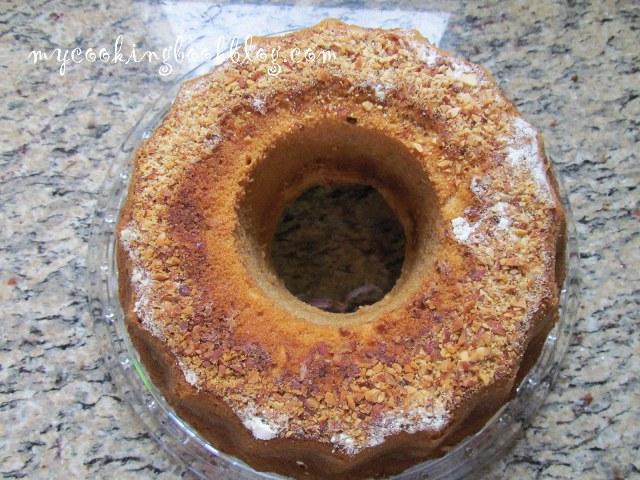 Кекс (обикновен) с гореща вода