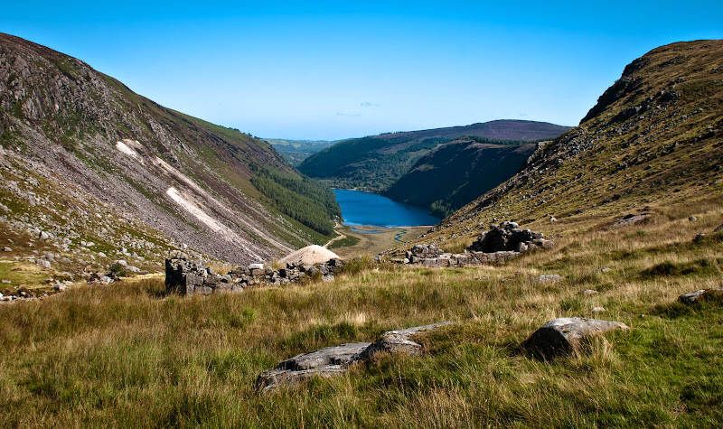 Irlandia -- szlak wok� jezior Glendalough..