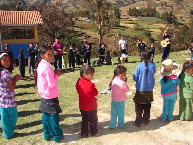 Niños en Purrupampa