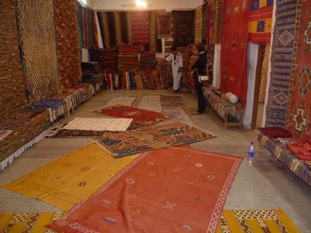 Tafraoute carpet man 2
