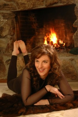 "Lisa B (Lisa Bernstein) by the fire for her record ""What's New, Pussycat?"""