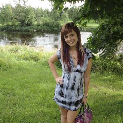 Vicky Lepage Photo 2